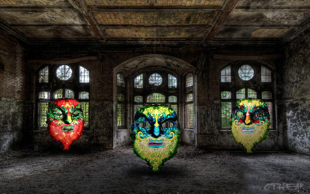 OPHEAR 2 masks 100×63 cm scene 2 Ghosts LR